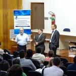 Prof. Dr. Ronaldo Salvagni (à esq.), coordenador do CEA, fechou o evento.