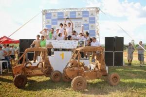 FOTO Baja equipe Poli no podio na SAE Brasil 2014