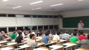 Foto 1a aula da turma 2017 da Especialização com prof. Paulo Kaminski